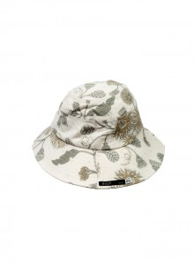 Womans Hat beige and grey